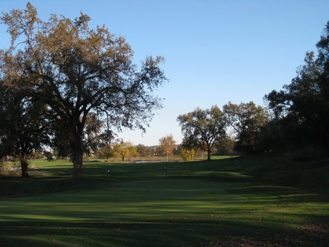 Castle Oaks Golf Club