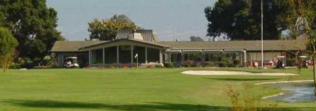 Salinas GCC: Clubhouse