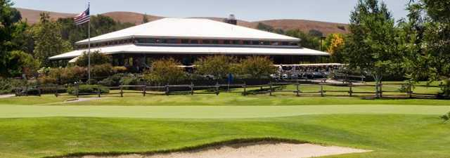 Spring Valley GC: clubhouse