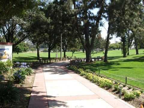 Bell Gardens Golf Course In Bell Gardens