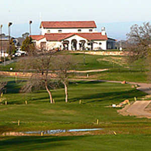 Bass Lake GC: clubhouse