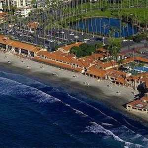 La Jolla Beach & Tennis C: aerial view