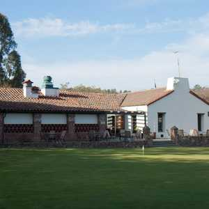 Lake Chabot Municipal GC: Clubhouse