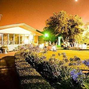 Los Amigos CC: Pavilion