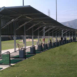 Glen Oaks Golf & Racquet Club: Driving range