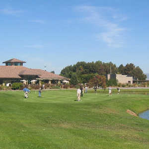 Shoreline Golf Links at Mountain View: Practice area