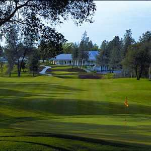 Tierra Oaks GC: clubhouse