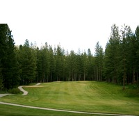 Plumas Pines Golf Resort's par-5 13th hole is a narrow, uphill shot.