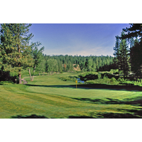 Plumas Pines Golf Resort's par-4 second hole is a tight dogleg left.