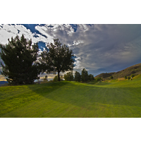 The closing hole at Tierra Rejada Golf Club is a double dogleg.