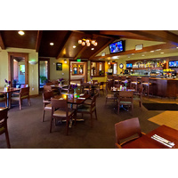 The Summerly Grill offers a great menu, full-service bar and three plasma TV.