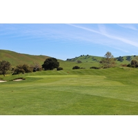 San Juan Oaks Golf Club's first hole is a gentle par 4 to open the round.
